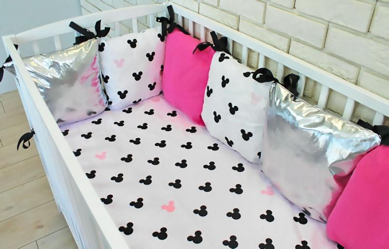 Baby Nellys Vankúšikový mantinel s obliečkami Shine, 135x100 - Mickey, růžová