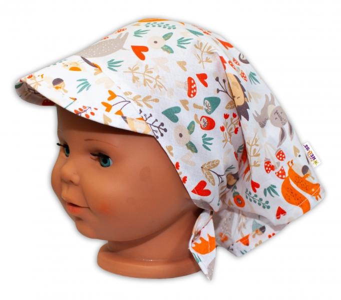 Baby Nellys Detská šatka so šiltom na zaväzovanie Les - bielý