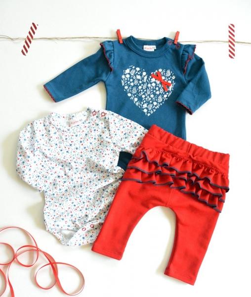 K-Baby Sada 2 x body dl. rukáv + 1 x tepláčky, Srdiečko, jeans/biela/červená