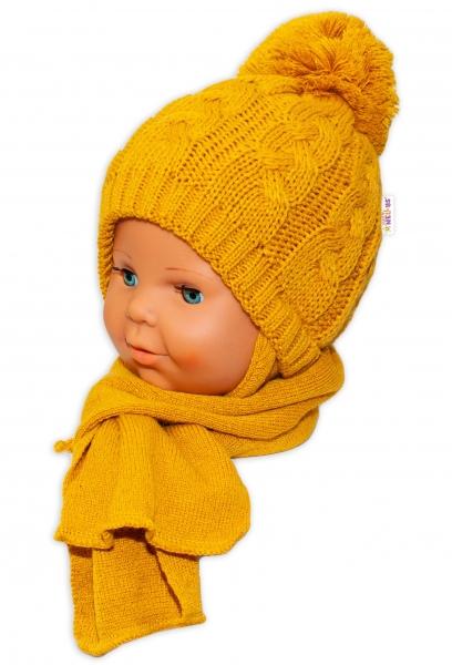 BABY NELLYS Zimná pletená čiapočka s šálom Baby Bear - horčicová s brmbolcami-34/36 čepičky obvod
