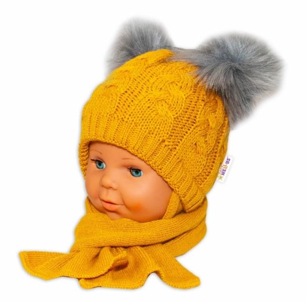 BABY NELLYS Zimná čiapočka s šálom - chlupáčkové bambuľky - horčicová, veľ. 6-18 m