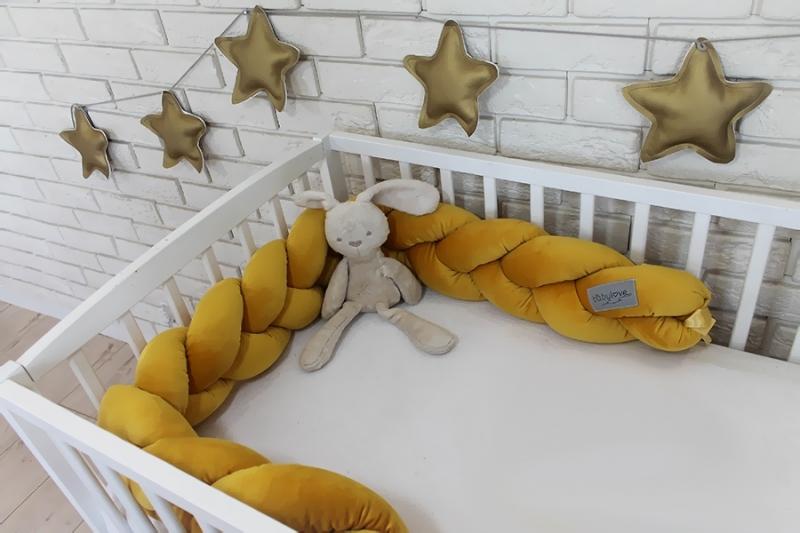 Mantinel Baby Nellys pletený vrkoč velvet - horčicová