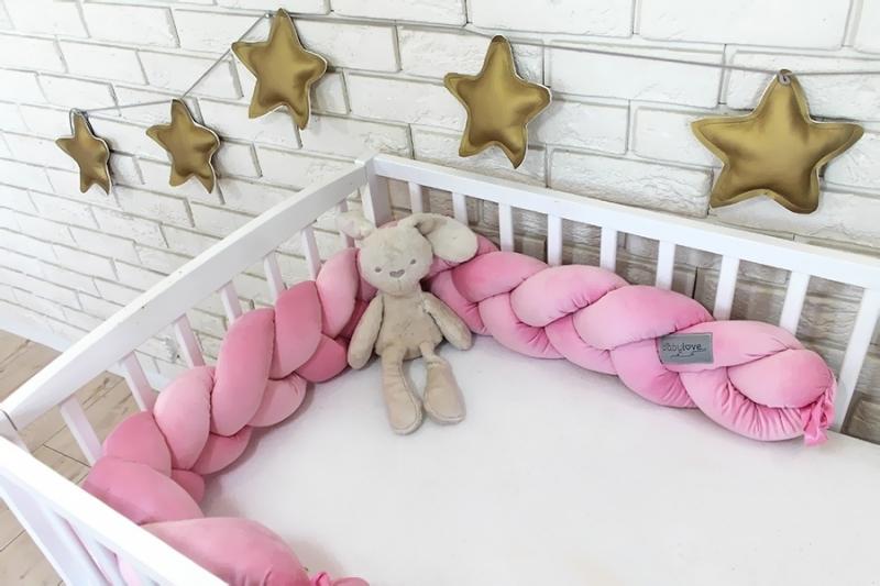 Mantinel Baby Nellys pletený vrkoč velvet - svetlo ružová