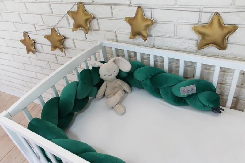 Mantinel Baby Nellys pletený vrkoč velvet - tmavo zelený