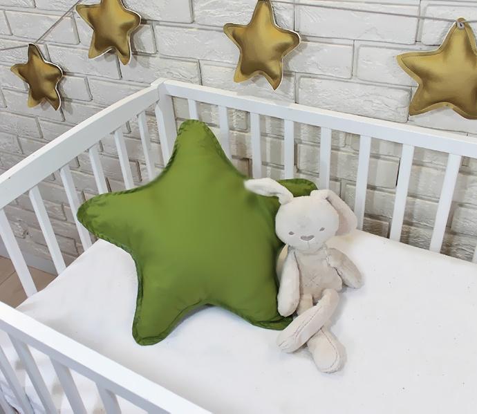 Baby Nellys Dekoračné obojstranný vankúšik - Hviezdička, 45 cm - olivový, zelený
