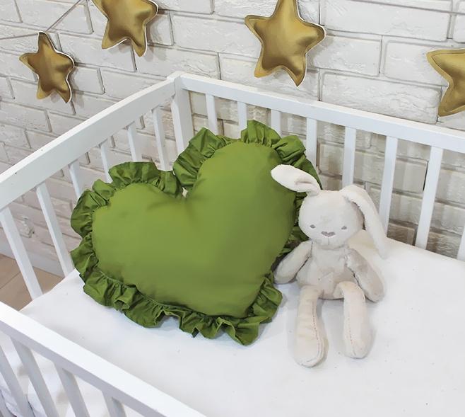 Baby Nellys Dekoračné obojstranný vankúšik - Srdce, 45 x 40 cm - olivové, zelené