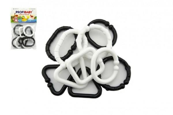 Plastové tvary čiernobiele reťaz 10 ks v sáčku