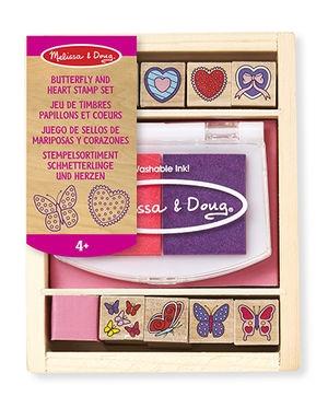 Melissa&Doug Drevené pečiatky v krabici - Motýle a Srdiečka