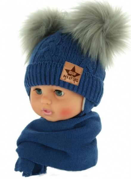 BABY NELLYS Zimná čiapočka s šálom - chlupáčkové bambuľky - tmavo modrá, šedé bambuľky, veľ. 6-18 m