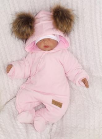 Kojenecká zimná kombinéza s kapucňou a kožušinovými brmbolcami - ružová, vel. 74