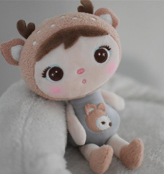 Mini handrová bábika Metoo s klipom Koloušek, sivá, 22cm