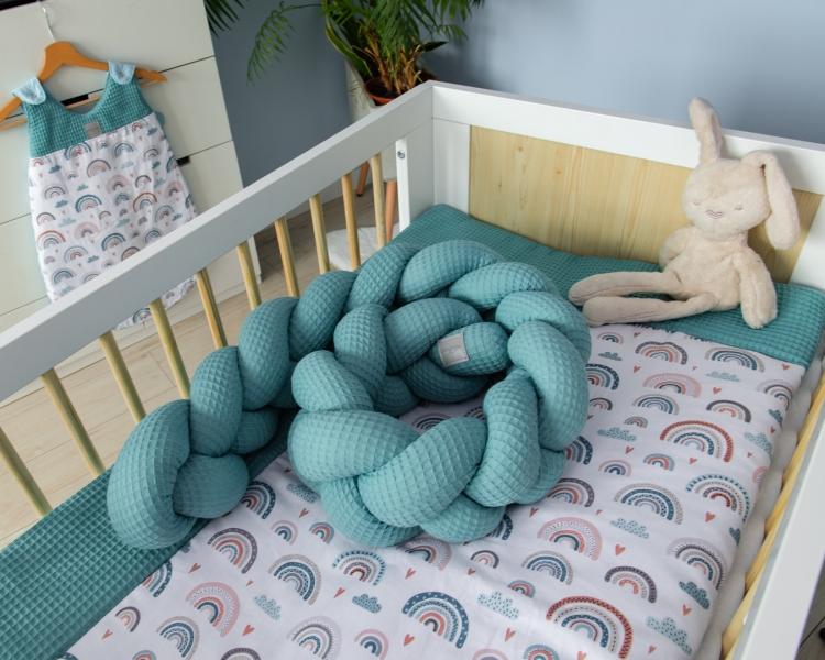 Baby Nellys Mantinel pletený vrkoč Vafel, Dúha - mätová, 220 x 16 cm-#Rozměry;220x16