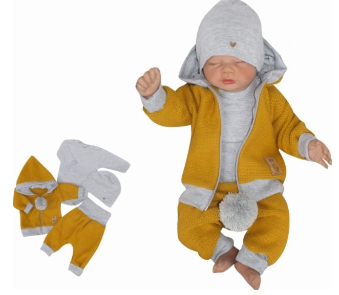 Z&Z 4-dielna pletená súpravička, kabátik, tepláčky, čiapočka a body, horčicová-šedá,vel.62-#Velikost koj. oblečení;62 (2-3m)
