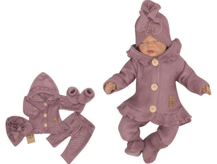 Z&Z 4-dielna pletená súpravička, kabátik, tepláčky, čiapočka a topánočky, fialová, veľ. 62