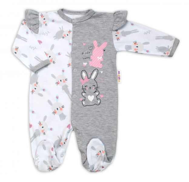 Baby Nellys Bavlnený dojčenský overal s volánkmi Cute Bunny - sivý, veľ. 68-#Velikost koj. oblečení;68 (4-6m)