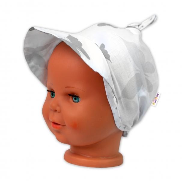 Baby Nellys Šatka na zaväzovanie so šiltom - Bodky, biely-#Velikost koj. oblečení;univerzální