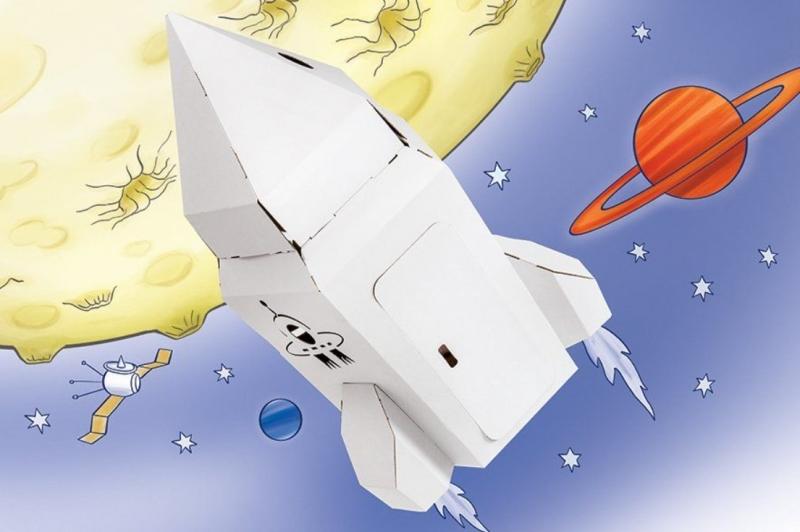 Tektorado Malá kartónová vesmírna raketa
