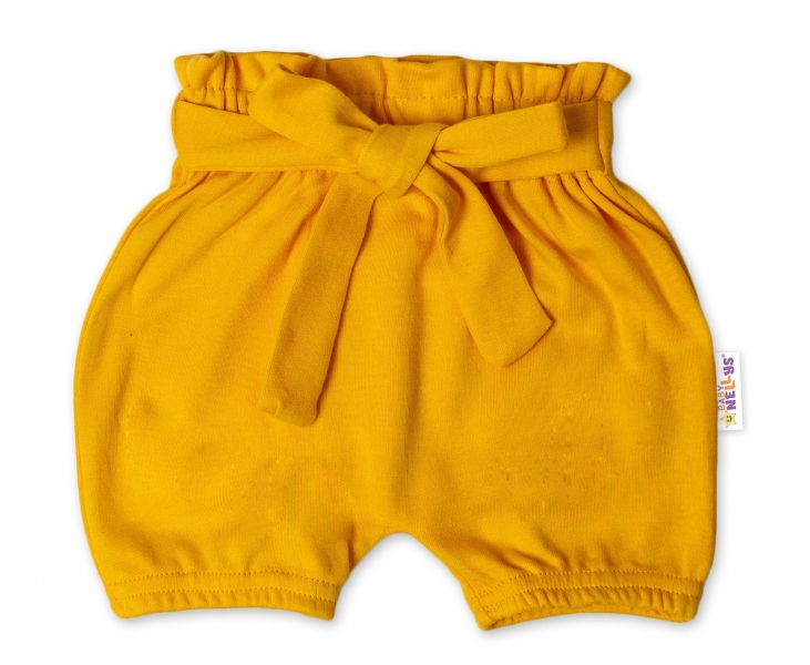 Baby Nellys Bavlnené kraťasy s ozdobným pásikom - horčicové