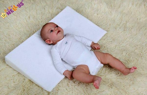 Baby Nellys Zvýšená poloha - Klin - Bubble retro sivé