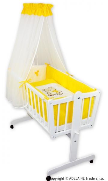 NELLYS Drevená kolíska s plnou výbavou - MACKO s mašličkou žltý