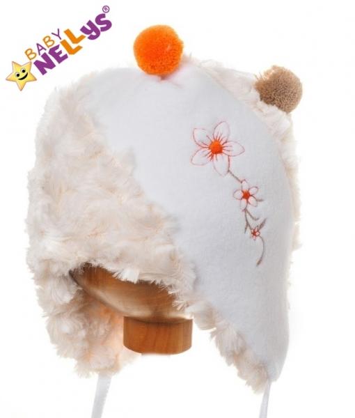 Zimná čiapočka Kytička s kožušinkou - krémová s bielou a brmbolcami