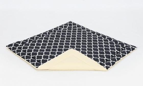 Hracia, prebaľovacia podložka 120x120cm - čierna/ornamenty-žltá