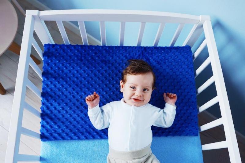Zvýšená poloha - Klin, Baby Nellys, Minky modrá