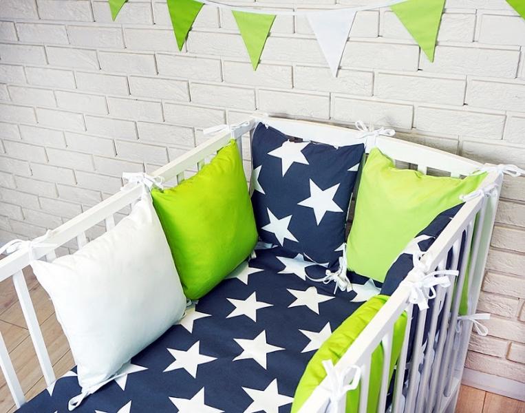 Vankúšikový mantinel s obliečkami - hviezdy, granát/zelená