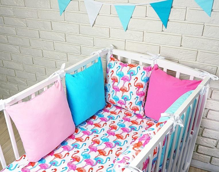 Vankúšikový mantinel s obliečkami - plameňák, růžová/modrá