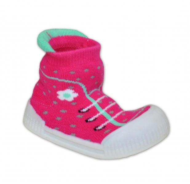 c3613956cf65 Ponožtičky s gumovou šľapkou - Tenisky s kvetinkami - tm. ružová