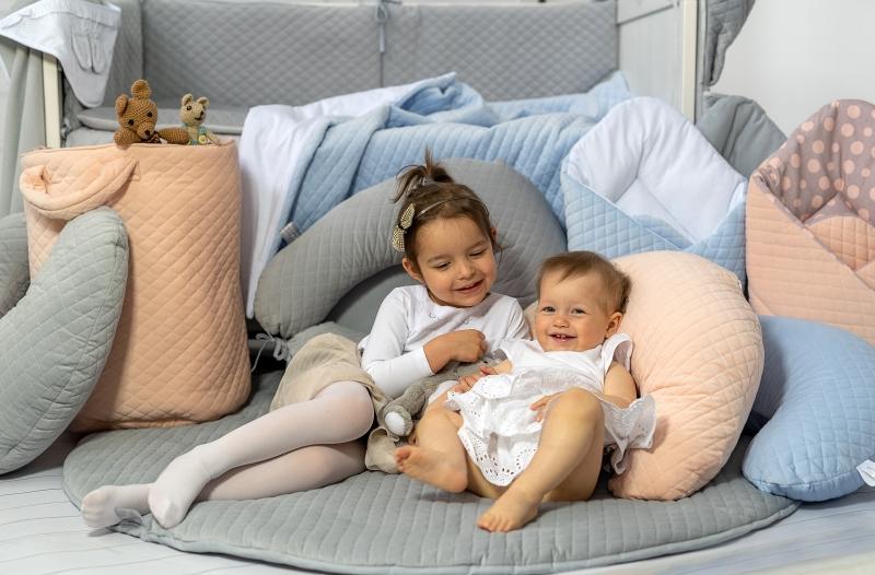 Dojčiaci vankúš - relaxačná poduška Velvet lux Miminu, prešívaný - modrý
