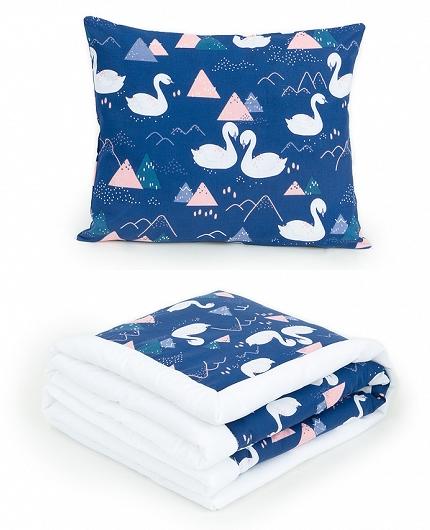 2-dielna sada obojstranná deka Velvet 75 x 100 cm s vankúšikom - Labute tm. modré/ biela