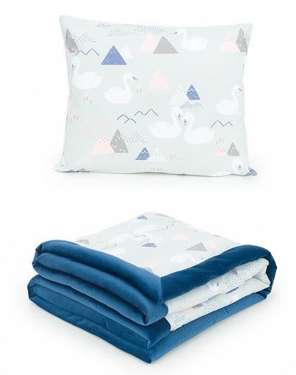 2-dielna sada obojstranná dečka Velvet 75 x 100 cm s vankúšikom - Labute sivé/tm. modrá