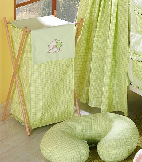 Luxusný praktický kôš na bielizeň - MACKO so srdiečkami zelený