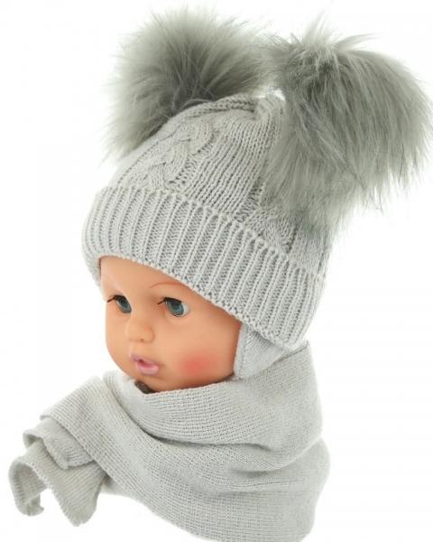 BABY NELLYS Zimná čiapočka s šálom - chlupáčkové bambuľky - sivá