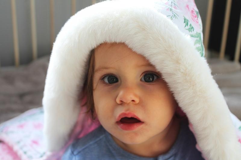 Baby Nellys Bavlnená obojstranná deka 3v1 s minky a kožušinkou, 90x90 cm, zajačik